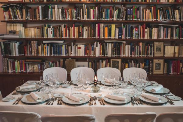 venta-de-aires-cena-ciegas-biblioteca